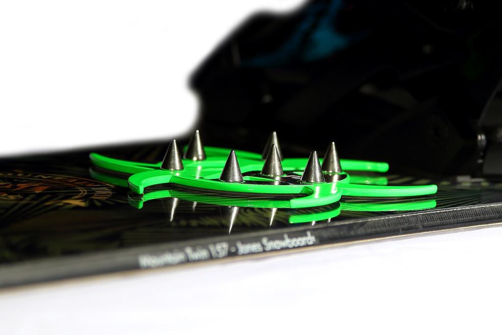 Biohazardgreen2 Spike Pad Snowboard